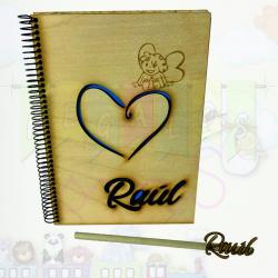 Cuadernos de madera personalizados corazón